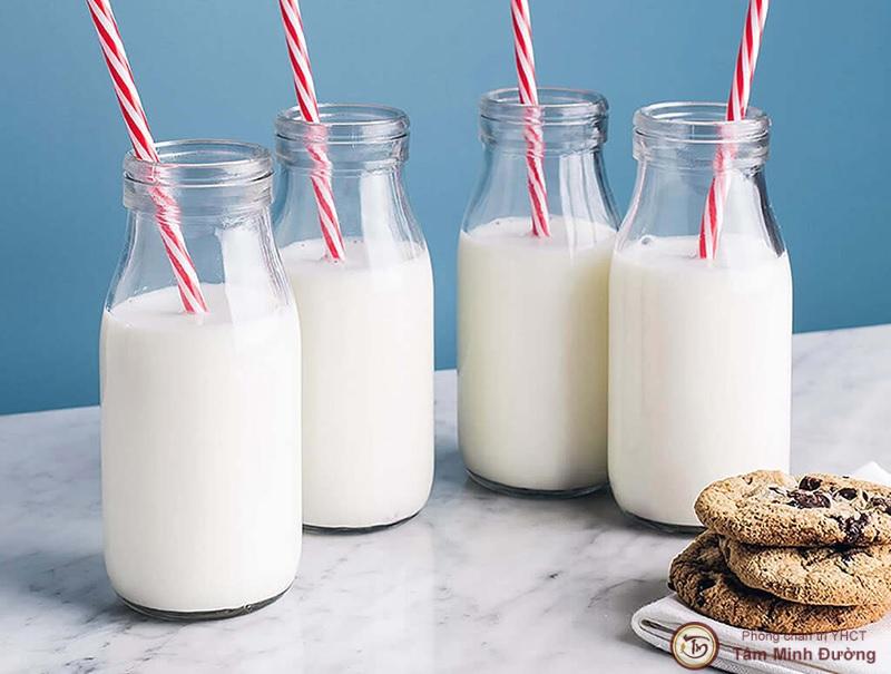 Bị viêm loét dạ dày có nên uống sữa