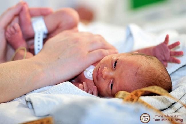 Suy thận ở trẻ sơ sinh có nguy hiểm