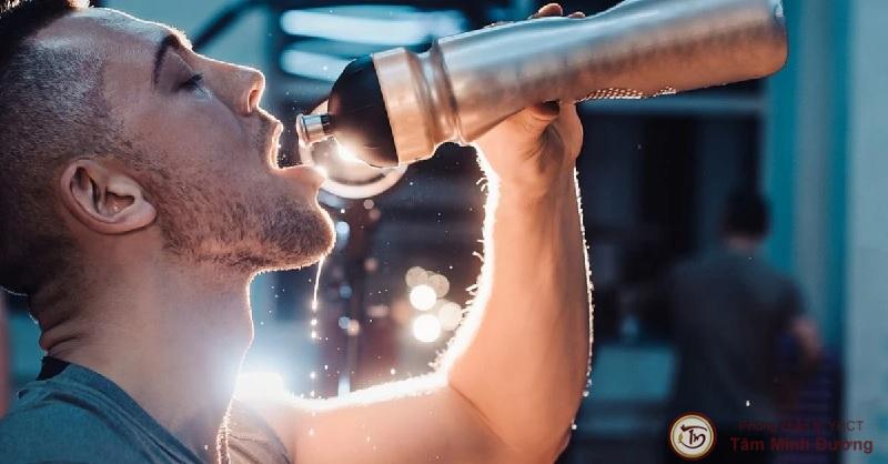 Thận ứ nước độ 2, 3 nguy hiểm không và nên làm gì